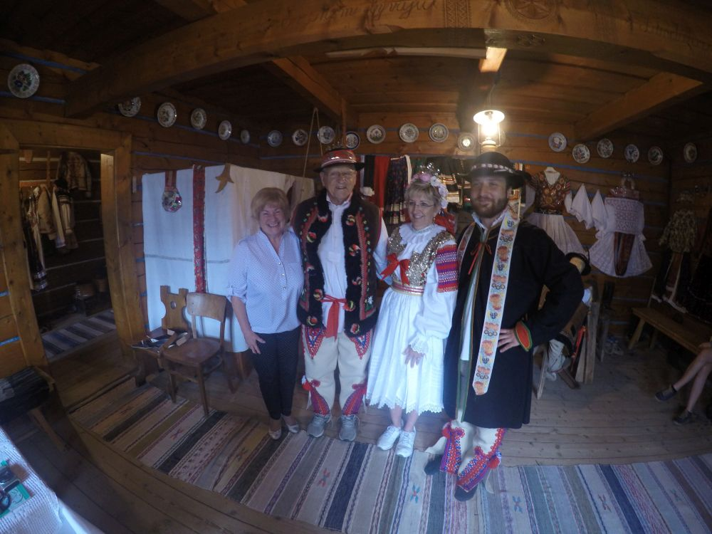 Private ancestry tour in Slovakia - Visit the country of your