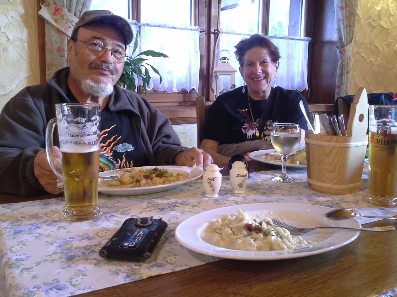Traditional slovak cuisine, slovak meals, slovak recipies, food from slovakia, slovakia roots tour, private ancestry tour, family tree tours