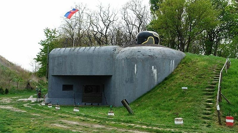 cold war tours in europe